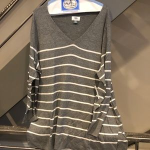 Grey and white v-neck lightweight sweater